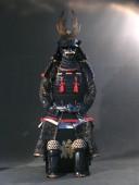 【鎧兜甲冑等身大】黒糸威 当世小札 二枚胴具足